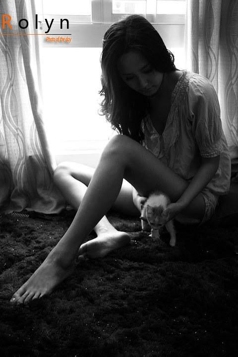 cô gái đẹp và mèo xinh (4)