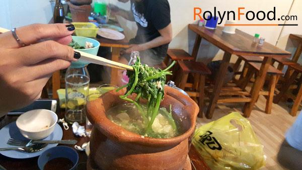 mon sup tom yum Thai Lan noi chua nua dat nuoc Thai Lan trong toi Rolynfood hinh anh 3