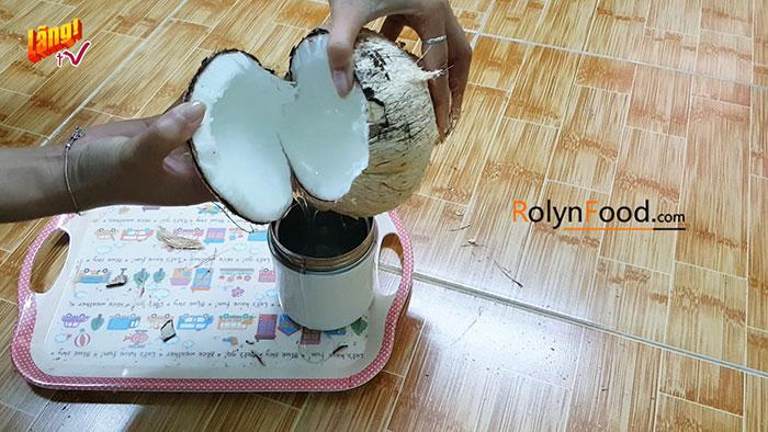cách chặt dừa sáp miền nam rolynfood (3)